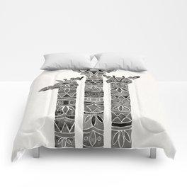 Black Giraffes Comforters