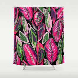 Pink leaves pattern Shower Curtain