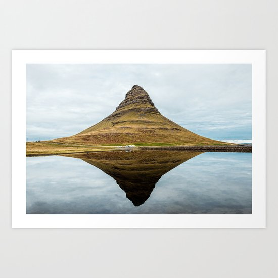 Mountain reflect Art Print