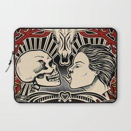 SKULL KISS Laptop Sleeve