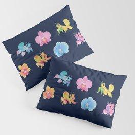 Orchid mantis - Dark Pillow Sham