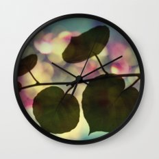 Kiwi leaves Wall Clock