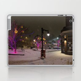 Longfellow Square Christmas Lights (3) Laptop & iPad Skin