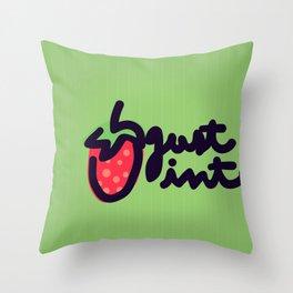 MADUIXA Throw Pillow