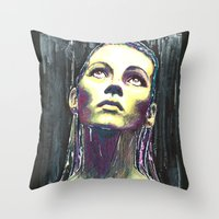 kate moss Throw Pillows featuring kate moss by lisylight