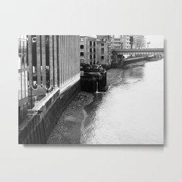 London 1 Metal Print