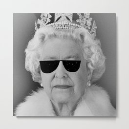 BE COOL - The Queen Metal Print