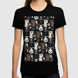 Bears of the world pattern T-shirt