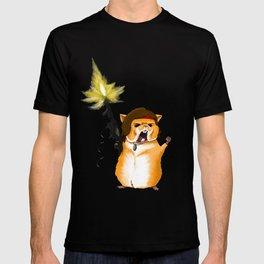Hamster Rambo - by Rui Guerreiro T-shirt