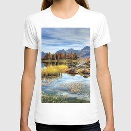 Italy 4k autumn lake mountains Europe T-shirt