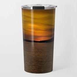 The sun goes down and night falls Travel Mug