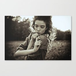 the little poor girl kiss Canvas Print