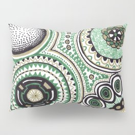 Green and Gold Rings Pillow Sham