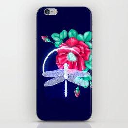 Full bloom | Dragonfly loves roses iPhone Skin