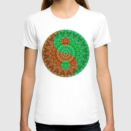 Green-brown Yin a Yang T-shirt