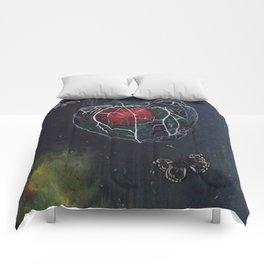 L'amour en Cage Comforters