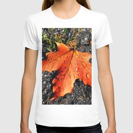 Water Drops On Red Leaf T-shirt
