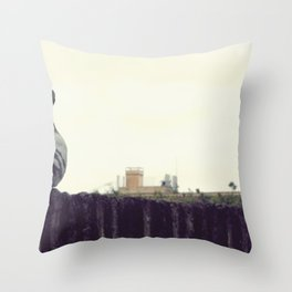 der taub sehnsucht Throw Pillow