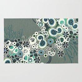Diagonal flower – blue and green fiber Rug