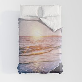 BEACH DAYS IX Comforters