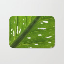 Spotted with White: Leaf Bath Mat