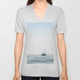 BOAT - WATER - OCEAN - SEA - PHOTOGRAPHY Unisex V-Neck