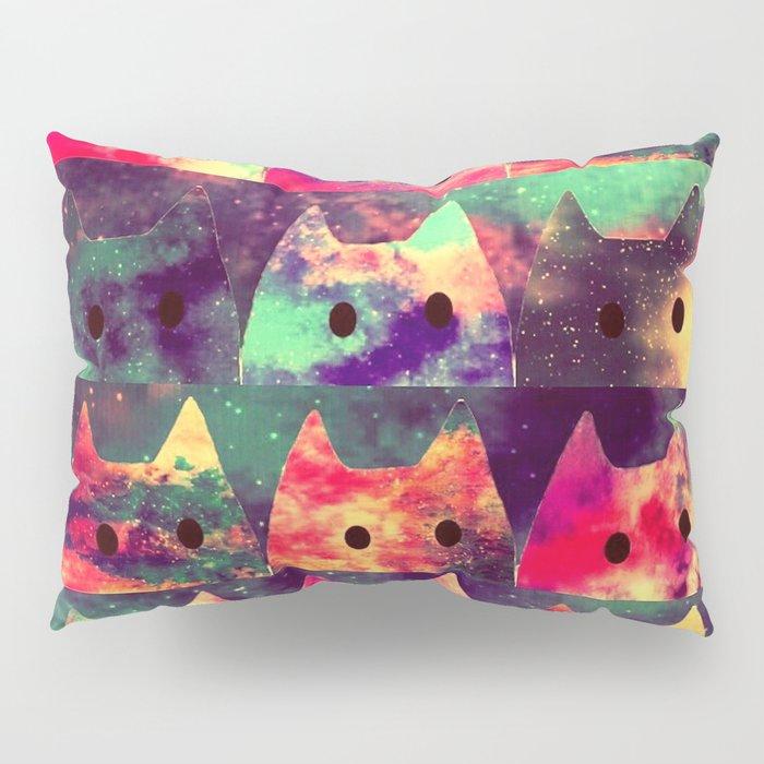 cats-131 Pillow Sham