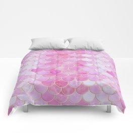 Pink Pearlescent Mermaid Scales Pattern Comforters