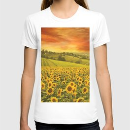 Red sunset over the rolling sunflowers and sunflower fields of Tuscany, Italy T-shirt
