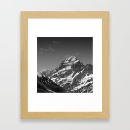 Mount Aoraki (Mount Cook) Framed Art Print