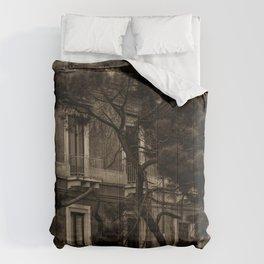 Voguing In Catania Comforters