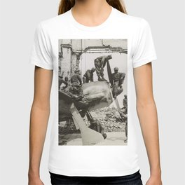 African American WWII Soldiers on Airplane in Oschersleben, Germany, 1945 T-shirt