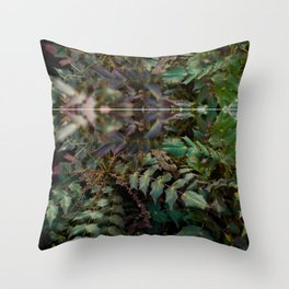 green it Throw Pillow