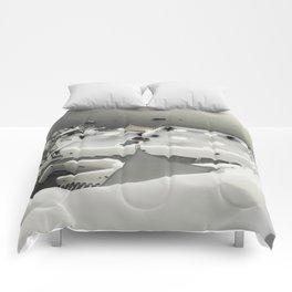 dreaming Fira Comforters