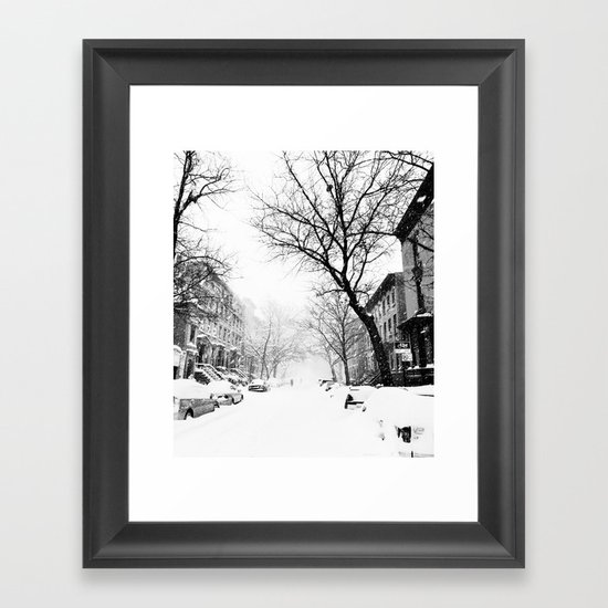 New York City At Snow Time Black and White by anoellejay