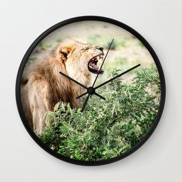 Let me roar - TRAVEL PHOTOGRAPHY & LANDSCAPES Wall Clock
