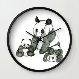 Famille de pandas Wall Clock