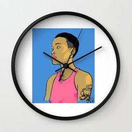 Femme  aux cheveux courts Wall Clock