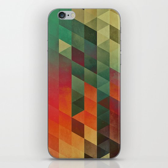 yrrynngg zkyy iPhone & iPod Skin