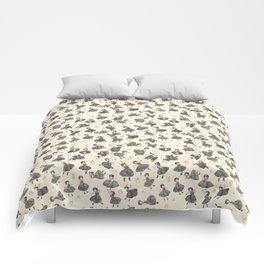 Yapis (Cream) Comforters