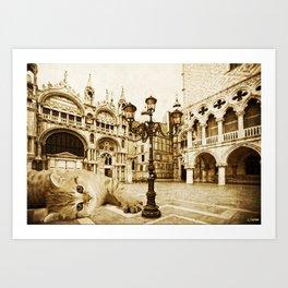 Giant Kitten in Venice (2) Art Print