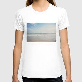 the Pacific Ocean shoreline, California T-shirt