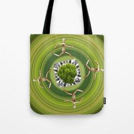 Umweltschutz ist kein Selbstläufer / Kunsthaus-Lay Tote Bag