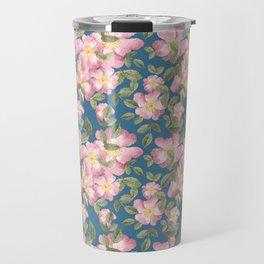 Vintage wild rose pattern with teal base Travel Mug