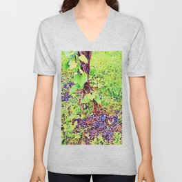 Hortus Conclusus: black grapes on the ground Unisex V-Neck