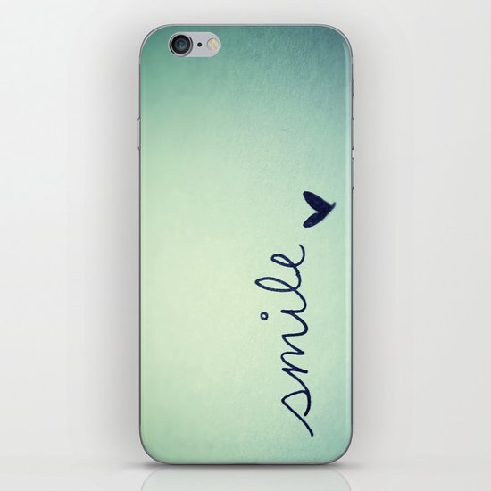 s  m  i  l  e  iPhone & iPod Skin