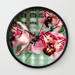 It's Threelip Time Wall Clock