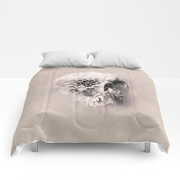 Decay Skull Light Comforters