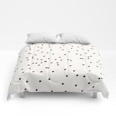 Dashing Dots Pattern Comforters
