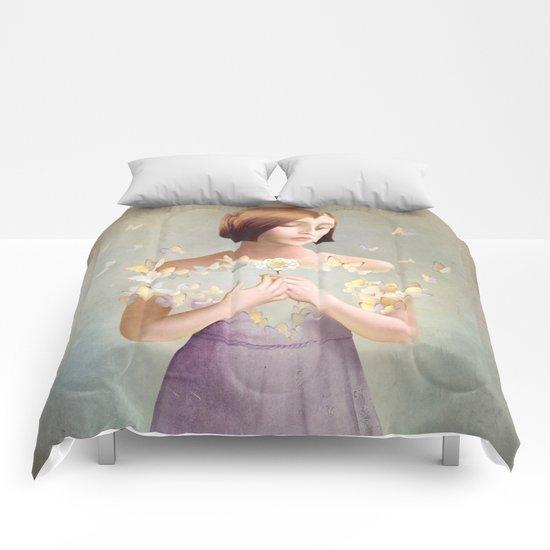 he loves me Comforters